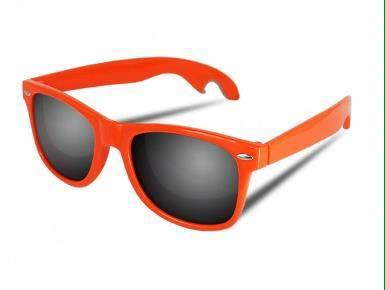 Beer Eyewear Promo è un occhiale da sole di alta qualità con un pratico apribottiglie
